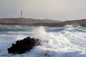 waves-near-rhinns-lighthouse
